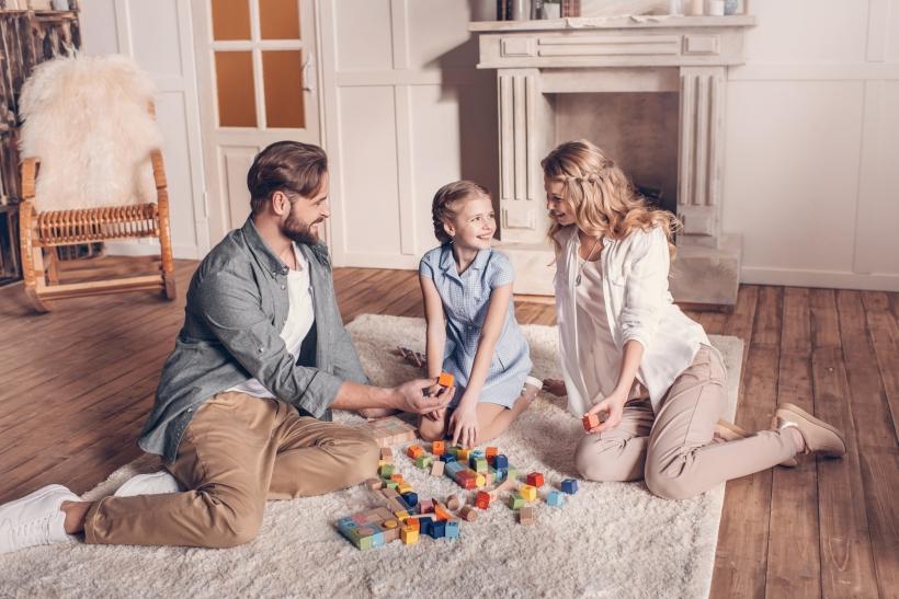 mamma-e-papa-giochiamo-insieme_importanza-gioco-bambini