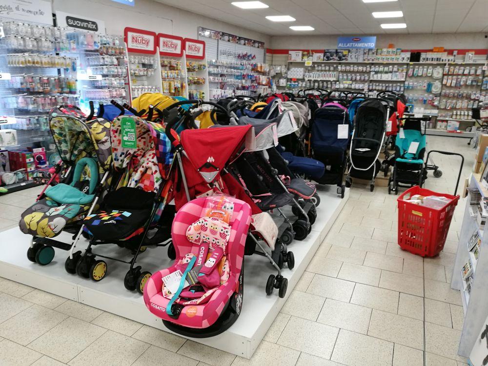 negozio passeggini roma priolo