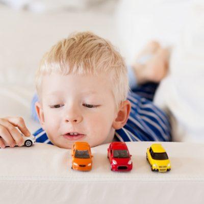 normativa-seggiolini-auto-cosa-non-cambia-codice-della-strada-e-multe