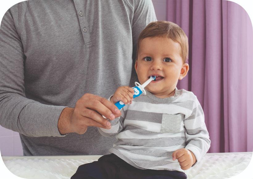 5-consigli-per-far-lavare-i-denti-ai-bambini_beberoyal